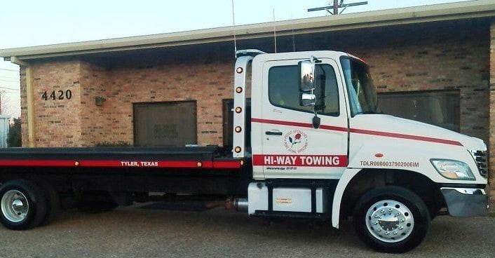 Hi-Way towing truck